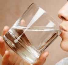water drinken tegen verstopping (obstipatie)