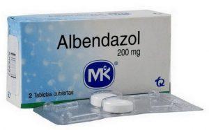 albendazol tabletten voor behandeling infectie met Strongyloides stercoralis (strongyloïdiasis)