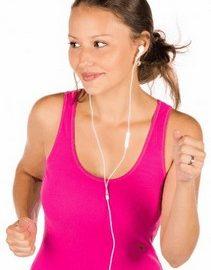luisteren naar muziek tijdens sporten