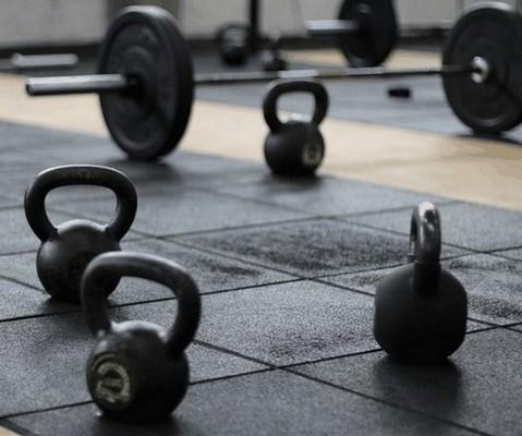 sommige krachtsporters gebruiken van testosteron afgeleide producten voor spierontwikkeling