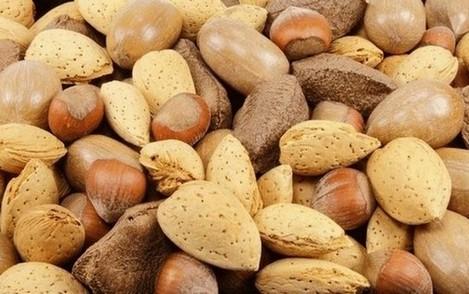 noten passen ook in het eiwitdieet