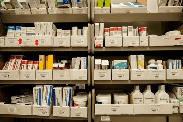 geneesmiddelen bij de apotheek